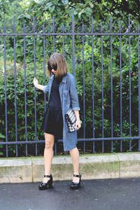 streetstyle-giseleisnerdy denim dress jacket black dress-look-une-fille-forever21