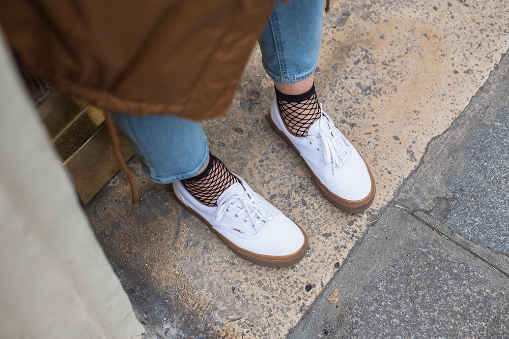 parisian-fashion-blogger-mom-jean-vans-resilles
