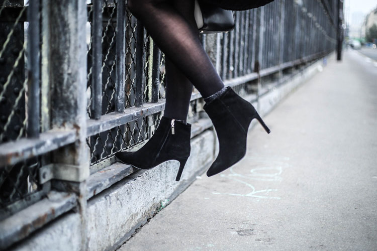 leather-heels-black-boots