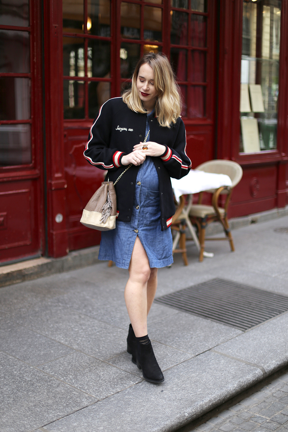 street style robe en denim et bomber noir zara jeu concours inside blog mode pas cher. Black Bedroom Furniture Sets. Home Design Ideas