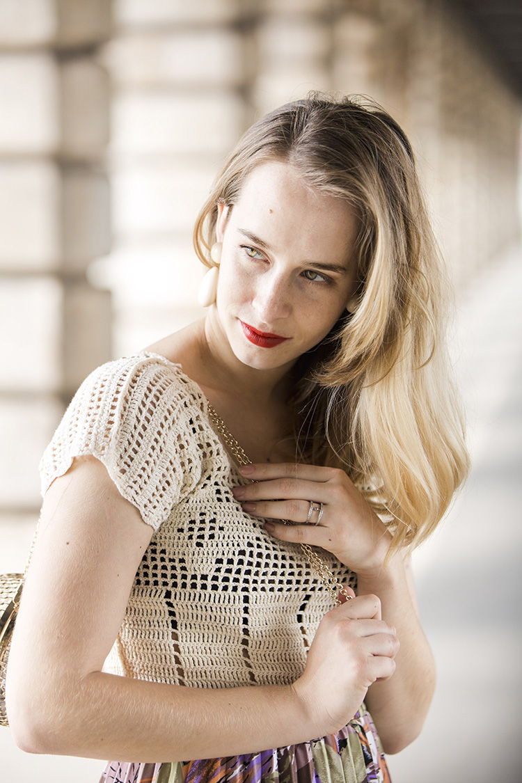 portrait-parisian-blogger-gisele-blonde